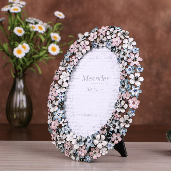 Factory Direct Personalised 5R Pewter Photo Frame with 3D Motif