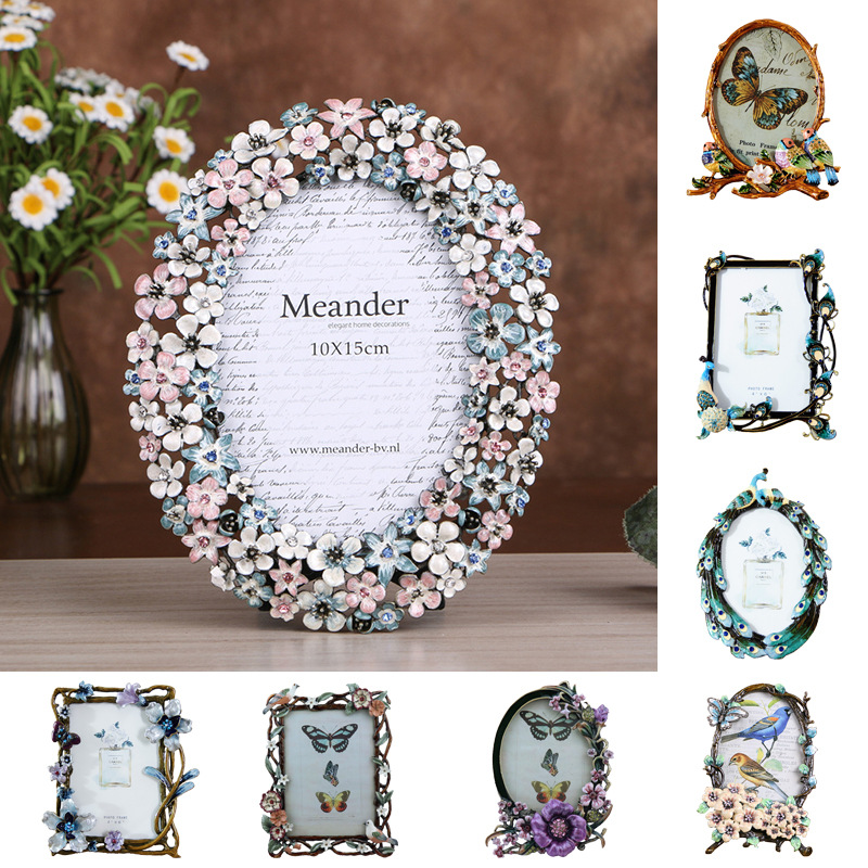 Custom Hollow Out Photo Frame, Moulding Paint Metal Picture Photo Frame Manufacturer