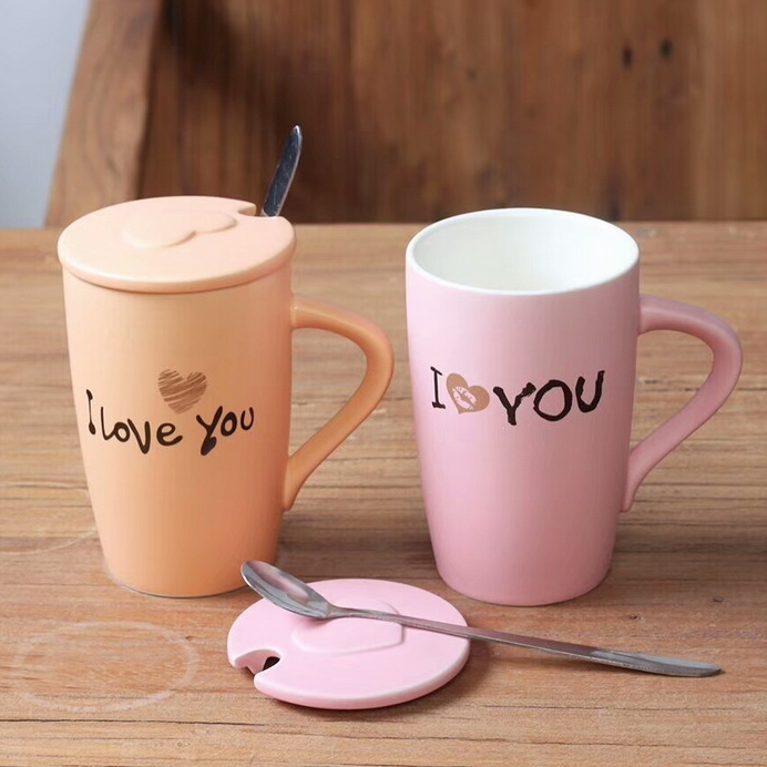 Wholesale 11 Oz Creative Mr And Miss Pink Ceramic Coffee Couple Mugs with Lid And Spoon