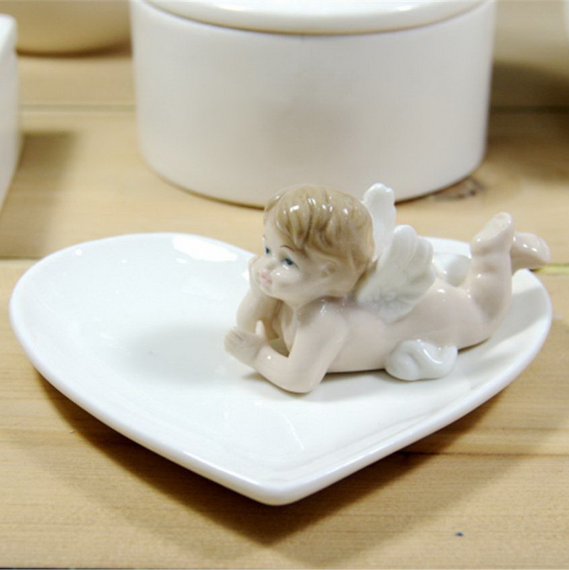 White Ceramic Bear Ring Holder