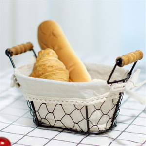 Iron Art Wire Sundries Storage The Table Is Decorated with Bread And Cutlery Snacks Storage Basket
